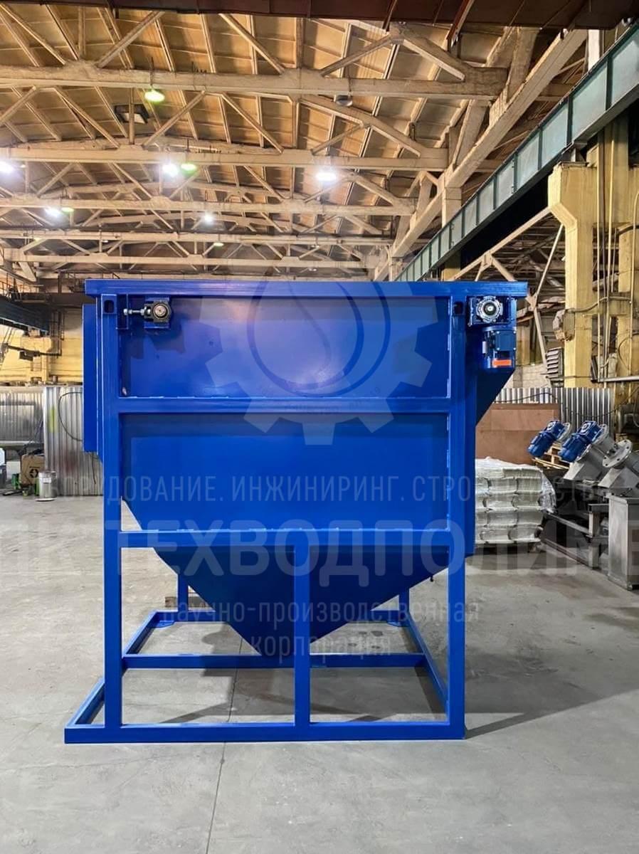 Произведен и готов к отгрузке отстойник LIMAN-ОТ-10 с тонкослойным модулем и скребковым механизмом производительностью 10 м3/ч. Материал исполнения - конструкционная сталь с антикоррозийным покрытием.